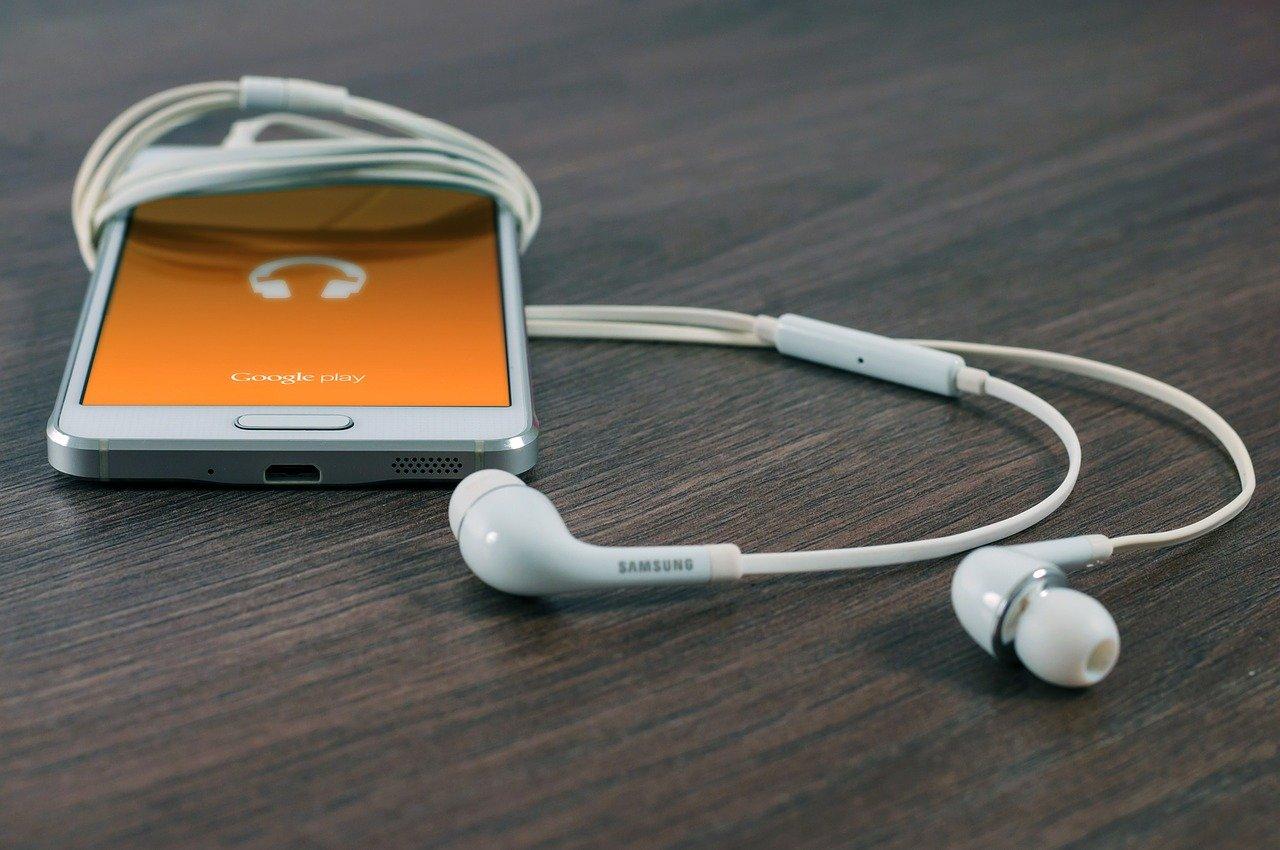 Teléfono Android atascado en modo de auriculares
